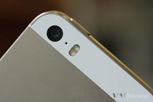 iPhone 5s được trang bị 2 đèn Flash
