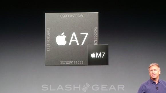 Ngoài con chip A7, iPhone 5s còn được trang bị thêm một con chip phụ M7