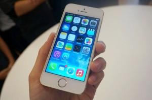 Giá iPhone 5s và iPhone 5C tại Điện thoại độc đã giảm xuống