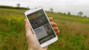 Samsung đã thiết kế Galaxy S5 dể dễ dàng sử dụng bằng 1 tay